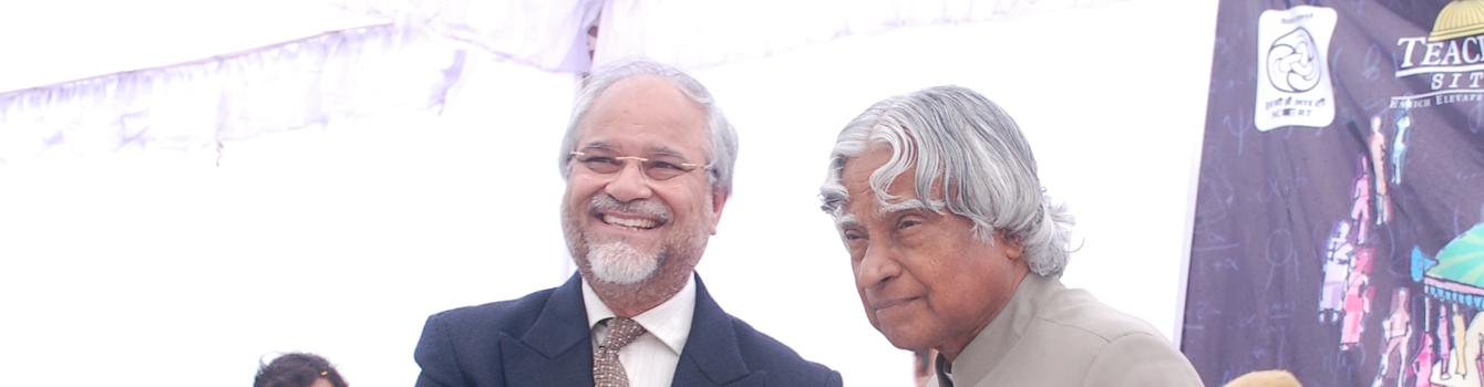 Chairman with Former President Shri APJ Abdul Kalam